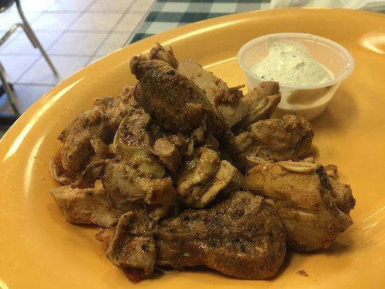 เมคานิกส์วิลล์, เวอร์จิเนีย: Great Greek Salad! GF too!