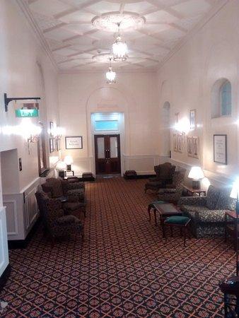 Midland Hotel: Victorian hotel public areas.