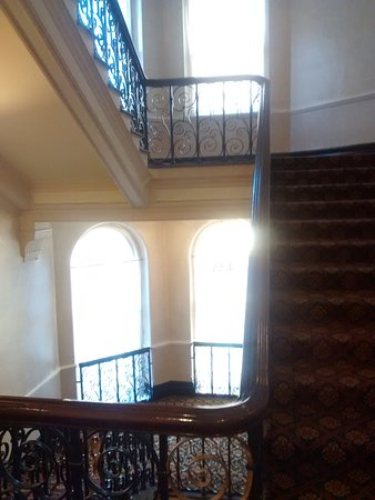 Midland Hotel: Ornate Staircase.