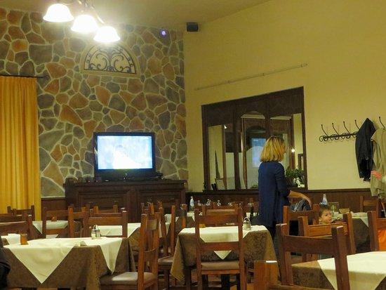 San Dorligo della Valle-Dolina, Italy: Piatti della casa e pizzze ok
