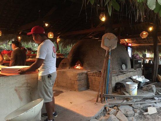 Jungle Pizza: photo1.jpg