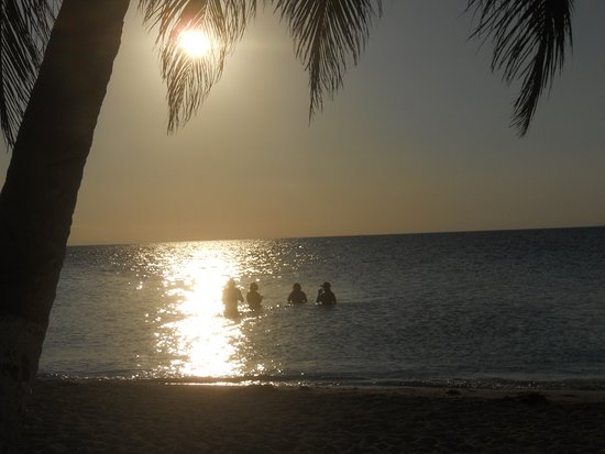 Caye Caulker, Belice: Sun setting on an another amazing day