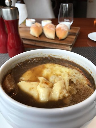 Dining at Makati Shangri-La Manila: French Onion Soup. Classic and tasty.