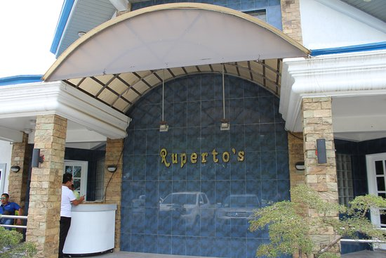 Ruperto's Inland Resort: Stopover for meals