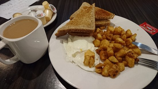 Photo of American Restaurant Golden Griddle at 45 Carlton St, Toronto M5B 2H9, Canada