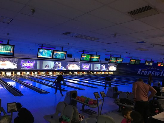 Bowlero Fairlawn Lanes