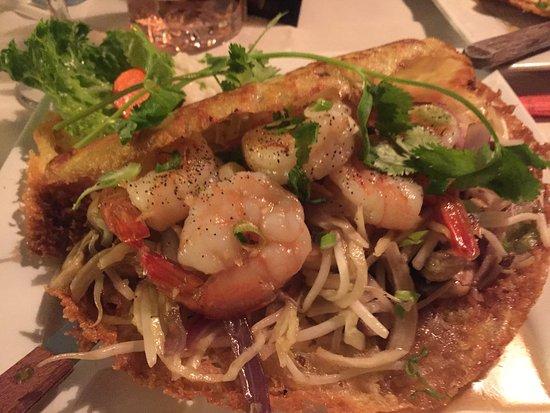 Bui Vietnamese Cuisine: Shrimp Pancake - Very generous size, delicious!