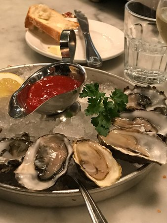 Sotto Mare Oysteria & Seafood: Oysters on 1/2 Shell, Soto Mare, San Francisco