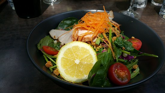 Campbelltown, Australien: More chicken Salad