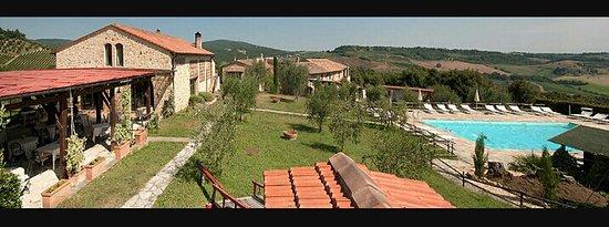 Castel San Gimignano, Italië: 20170312_020823_large.jpg