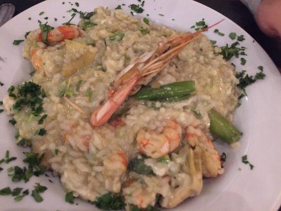 Photo of Italian Restaurant La Baita at Calle Thames 1603, Buenos Aires C1414DDG, Argentina