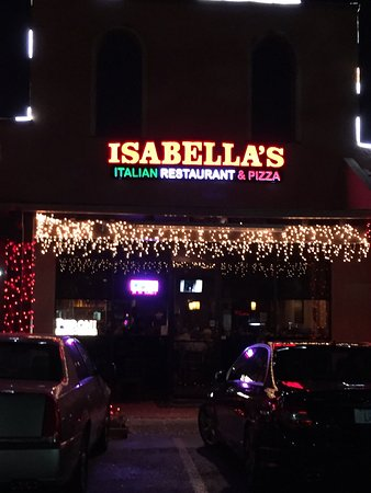 Isabella's Italian Restaurant of Pompano: Great Italian Restaurant!!  Don't let the fact that it is a strip mall fool you, just make sure