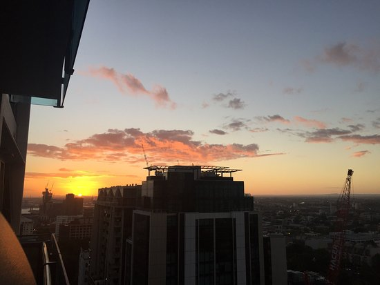 Melbourne Short Stay Apartments At Cbd Photo