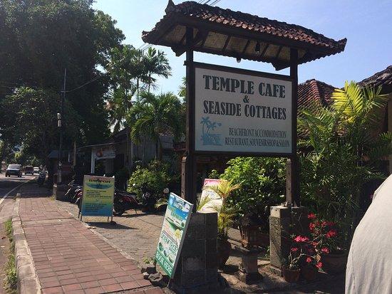 Temple Cafe & Seaside Cottages : photo0.jpg