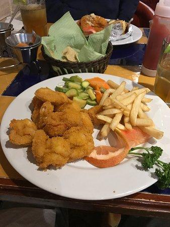 Tony's Restaurante Bar: photo0.jpg