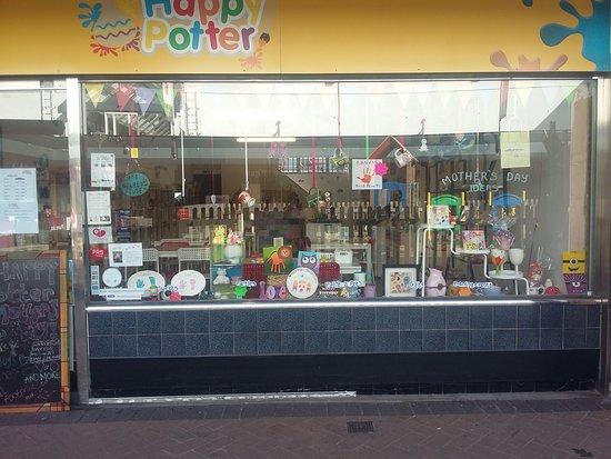 Bramhall, UK: The Happy Potter
