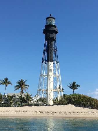Hillsboro Beach, FL: Hillsboro Inlet Lighthouse