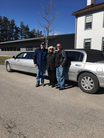 Fort Erie, Canada: Did some wine tasting and had an awesome time thanks to our Limo driver Amy. She knew the area a