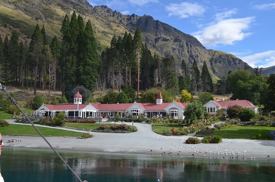 Queenstown, New Zealand: View of Farm