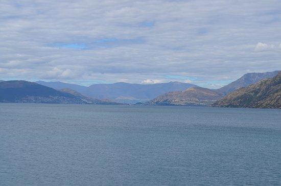 Queenstown, New Zealand: Lake4