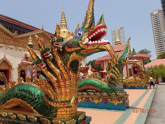 Reclining Buddha Wat Chaiyamangalaram
