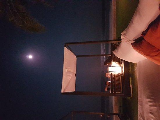 Oceanside Beach Club & Restaurant: 20170311_194510_large.jpg