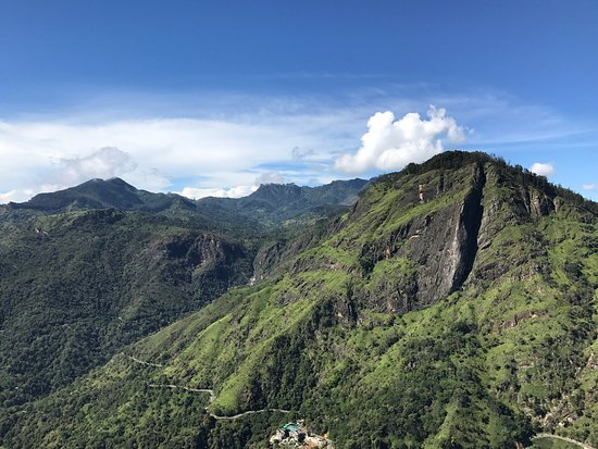 ‪Little Adam's Peak‬