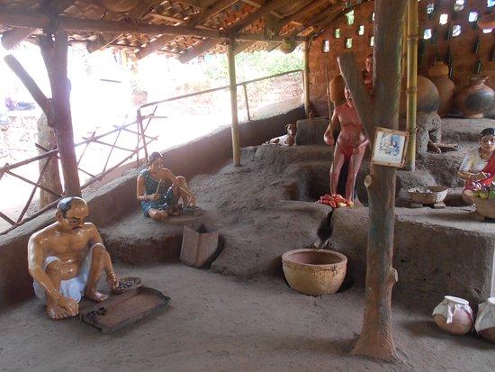 Loutolim, India: Big Foot