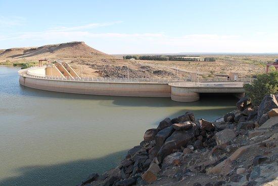 Keetmanshoop, Namibia: ダムの写真