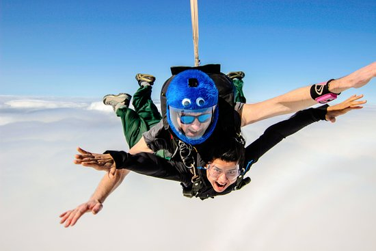 Adelaide Tandem Skydiving Clare Valley