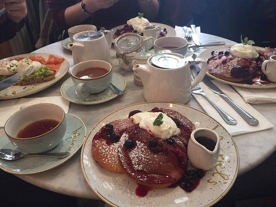 Muriel's Kitchen - South Kensington: Pancakes!