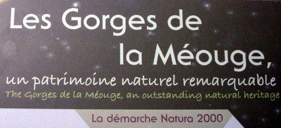 Laragne-Montéglin, France : panneau info