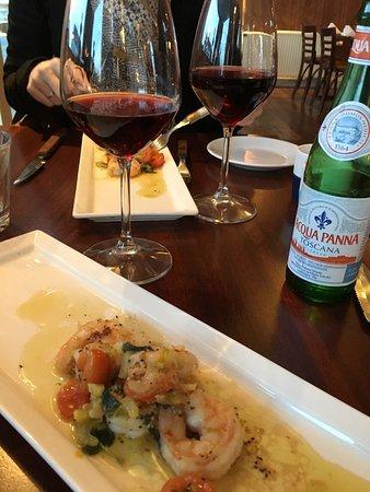 Kalundborg, Dania: Lækker italiensk mad med tilhørende vin der passer godt til smagsnuancerne.