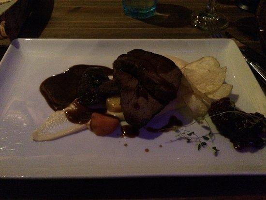 Restaurant Nili: BEAR!!!