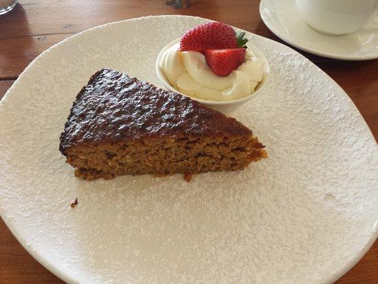 Tea Gardens, Australia: Dessert - Orange and Almond cake
