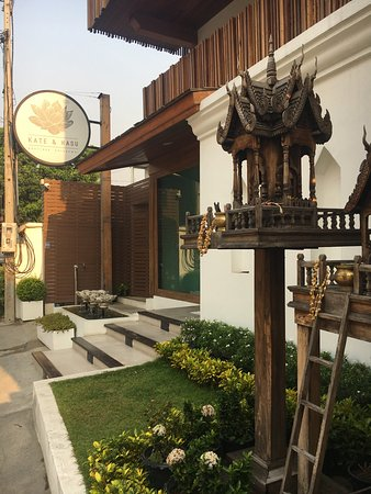 Kate and Hasu Boutique Chiangmai Photo