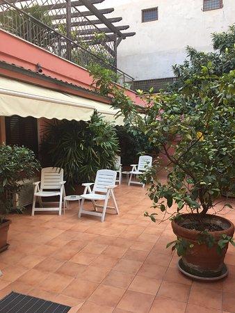 La Locanda del Manzoni : Area outside room 102.