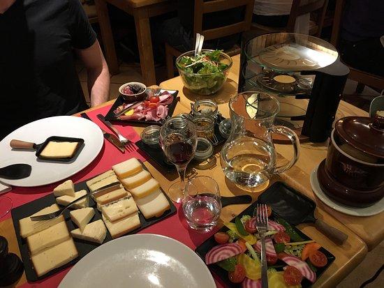 L'Avancher Hotel Restaurant : photo1.jpg