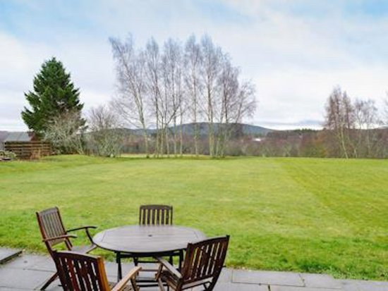 Dalrachney Lodge Hotel : Outdoor area of Cairngorm View - self-catering cottage for rental in Hotel grounds