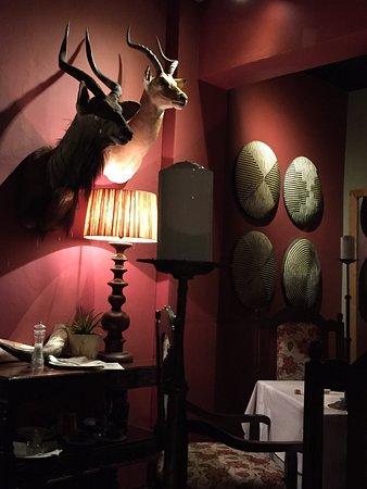 Wombles Steakhouse Restaurant: photo1.jpg