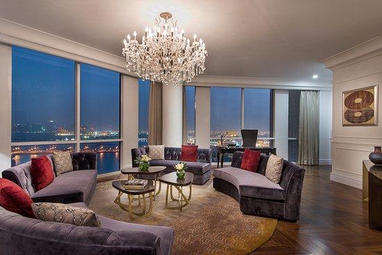 The Ritz-Carlton, Doha: The Amiri Suite