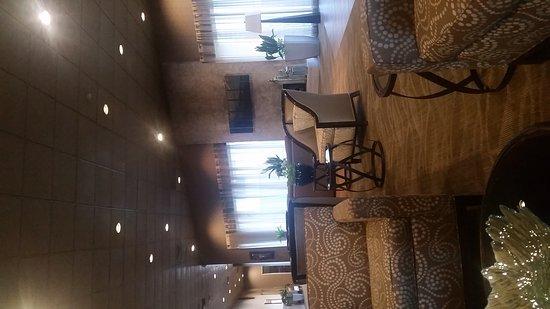 BEST WESTERN PLUS Madison-Huntsville Hotel: 20170312_080727_large.jpg