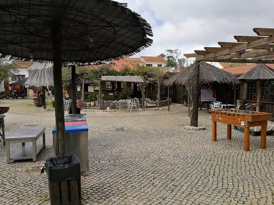 A dos Cunhados, Portugal: esplanada magnifica e top para quem vai de mota ...agradeço pela facilidade de estacionar as mot