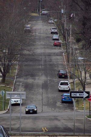 Corning, Νέα Υόρκη: A steep street