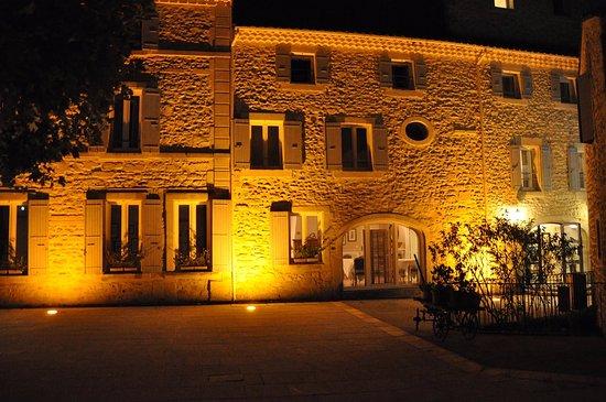 Valaurie, Francja: la facade