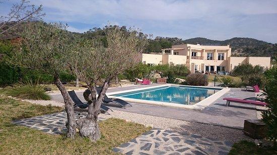 Jijona, Ισπανία: Hotel rural y zona piscina