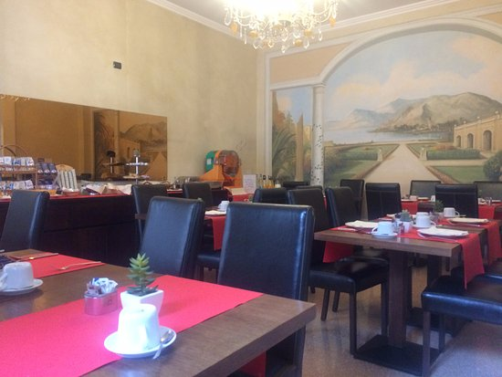 Hotel dei Tigli Angera: restaurant
