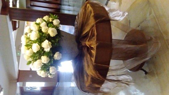 Best Western CPlaza Hotel: Hermosos arreglos florales para tus eventos sociales..