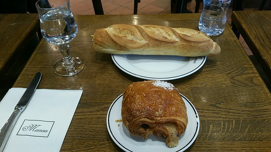 Photo of French Restaurant Miss Manon at 87 Rue Saint Antoine, Paris 75004, France