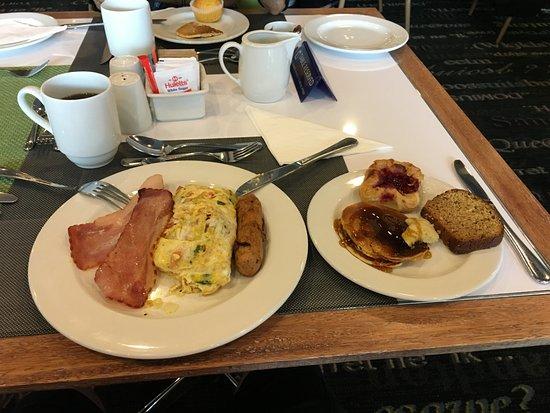 Garden Court Sandton City: Ótimo café da manhã